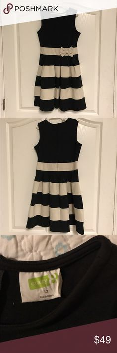 Black and Cream Dress, youth size 12 Black and Cream Dress, youth size 12, worn once to cotillion, zipper in the back Crazy 8 Dresses