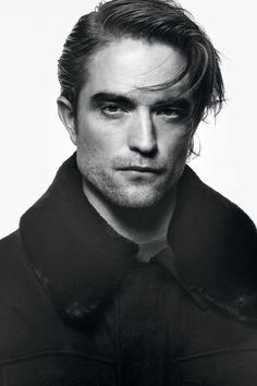 Robert Pattinson Twilight, Robert Pattinson Dior, Edward Cullen Robert Pattinson, Dior Men, Brave, Robert Douglas, Twilight Edward, David Sims, British Actors