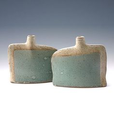 Quest For Contentment: Pottery: Contemporary, Japanese, Interesting Forms, and Other Vessels Of Inspiration click the image or link for more info. Slab Pottery, Pottery Vase, Ceramic Pottery, Thrown Pottery, Modern Ceramics, Contemporary Ceramics, Pottery Handbuilding, Clay Vase, Paperclay