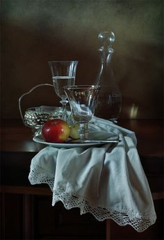 #still #life #photography • photo: Яблоко | photographer: Диана Амелина | WWW.PHOTODOM.COM