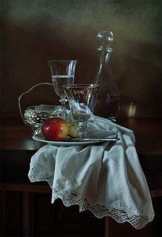 #still #life #photography • photo: Яблоко | photographer: Диана Амелина | WWW.PHOTODOM.COM