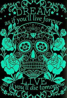 The frase is true. Super deco for the day of The dead party. Caveira Mexicana Tattoo, Tattoo Crane, Candy Skulls, Sugar Skulls, Sugar Skull Artwork, Skull Pictures, Neue Tattoos, Day Of The Dead Skull, Sugar Skull Tattoos