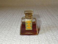 Vintage Emeraude De Coty Miniature 0.35 Oz Perfume Bottle Glass Stopper Perfume Bottles, Miniatures, Glass, Vintage, Drinkware, Perfume Bottle, Mockup, Yuri, Primitive