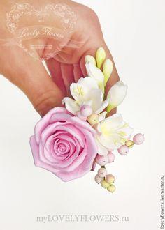 Купить Розы с фрезиями из полимерной глины для прически - decoclay, claycraft by deco, розы в прическу