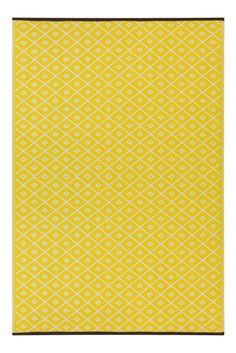 Lightweight Outdoor Reversible Plastic Rug Arabian Nights Yellow / White - 90 cm x 150 cm x Yellow Rug, Yellow Area Rugs, Black N Yellow, Area Rug Runners, French Country House, Arabian Nights, Indoor Outdoor Area Rugs, Interior Exterior, Throw Rugs