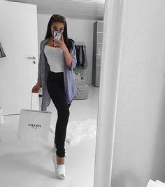 Outfits casuales para niñas con clase