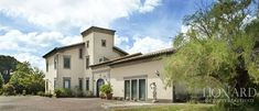 Luxury villa for sale | Lionard