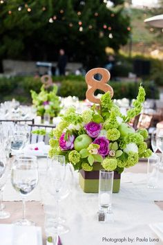 Twitter / InsideWeddings: Centerpieces that are bright, ...