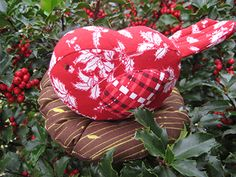 The pattern is available in pdf format for free on Sharon Holland's website.