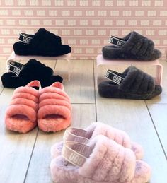 Uggs are not only the most loved but also the most controversial boots on the market. Ugg Sandals, Ugg Shoes, Cute Uggs, Fluffy Shoes, Ugg Style Boots, Ugg Slippers, Crocheted Slippers, Felted Slippers, Bedroom Slippers