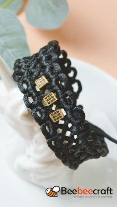 Diy Jewelry Rings, Jewelry Crafts, Beaded Jewelry, Diy Lace Jewelry, Macrame Jewelry Tutorial, Diy Bracelets Easy, Braided Bracelets, Handmade Bracelets, Lace Bracelet