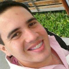 """""""A Chelique con aprecio"""" por @angelarellano - http://www.leanoticias.com/2013/02/11/a-chelique-con-aprecio-por-angelarellano/"""
