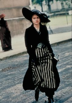 WINGS OF THE DOVE | Early 1900's in London, England | Helena Bonham Carter