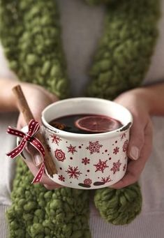 Christmas Kitchen, Christmas Wishes, Winter Christmas, Christmas Themes, Cranberry Tea, Not My Circus, Hello December, Hot Toddy, New Years Eve Party