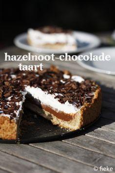 121 Hazelnoot-chocoladetaart - met tekst