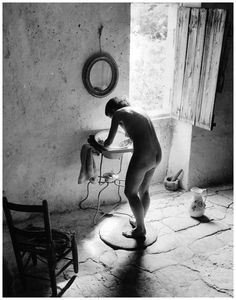 """ Willy Ronis Nudo Provenzale [1949] """