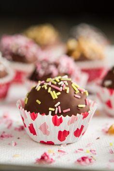 Vegan and Gluten Free Chocolate Cake Balls