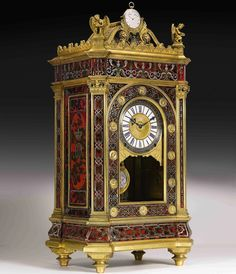 But when it comes to rule the market for vintage clocks, other Swiss watch manufacturers too have set the records. This year, a unique and highly important clock coming from the European Royalty and aristocracy, the Breguet Sympathique by Abraham-Louis Bréguet has set the record for being the world's most expensive clock at $6.8M.