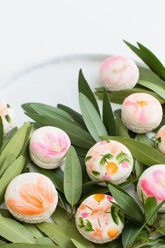 ♔ DIY Floral Macarons