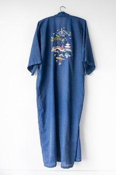 40's Cotton Embroidered Kimono / Vintage Asian Robe by MyronStreet