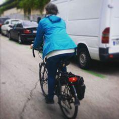 Día 22. Viernes y con el fin de semana por delante,  la calle es mía. #30diasenbici #30daysofbiking #Altrabajoenbici #alegresciclistas