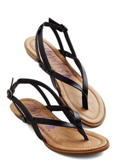 Camp Hardly Wait Sandal in Black. Stepping into these black sandals by Blowfish, you welcome the urge to immediately invite your friends over for a night spent around the campfire! #black #modcloth