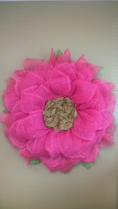 Pink Gerber Daisy Flower Wreath. I used Poly Burlap Mesh and Paper Mesh to make this wreath.