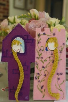 How to make Rapunzel in the tower Bookmarks from card wool and felt scraps.