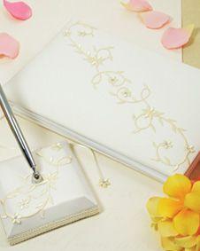Sparkling Entwined Guest Book . http://www.bluerainbowdesign.com/WeddingFavorProduct.aspx?ProductID=PR0317111749990aUBFIr482KpBRD99373=WEDDI=GROUP=WGUES