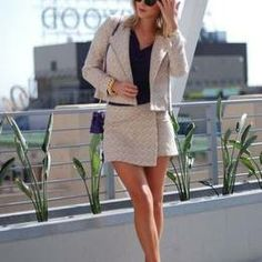Stylish Crop Pattern Skirt And Jacket Suit