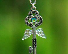 Clé de collier en pâte fimo vert forêt elfique par KrinnaHandmade