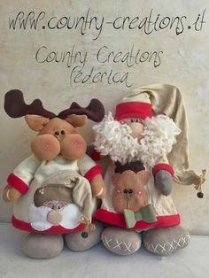Santa y reno Christmas Sewing, Felt Christmas, Merry Christmas, Diy And Crafts, Christmas Crafts, Holiday Fun, Holiday Decor, Xmas Decorations, Santa