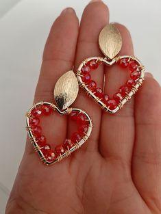 Beaded Earrings, Hoop Earrings, Beautiful Earrings, Jewelry Box, Jewerly, Jewelry Design, Beads, Metal, Accessories