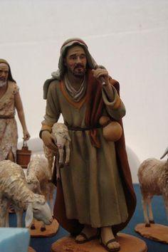 Foro de Belenismo - Índice de Artesanos Figuristas Extranjeros -> De Angelis Raffaele (Foggia, Italia) Christmas Nativity Scene, Belem, Sculpture Art, Statue, Costumes, Biscuit, Carving, Album, Crafts