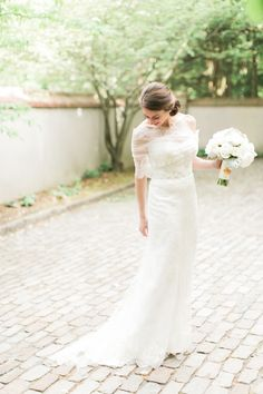 Monique Lhuillier Gown | photography by http://www.rebeccaarthurs.com
