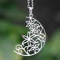 pendant Necklace Crescent Moon Bouquet