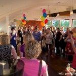 Vrijdagavond 7 juni organiseerde ik voor 65 vrouwen uit Leidschenveen (070) en omgeving een informele borrel. Met het thema 'Laat méér van jezelf zien' nodigde ik de vrouwen uit om andere vrouwen ondernemende (in de breedste zin van het woord) te ontmoeten.  Zichtbaarheid I vrouwelijke ondernemer I klanten I profileren