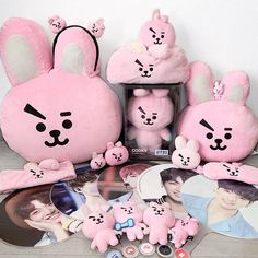 bts army album map of the soul: persona . Army Room Decor, Cute Room Decor, Hoseok Bts, Bts Taehyung, Bts Bag, Collections Photography, Jungkook Fanart, Jungkook Aesthetic, Kpop Merch