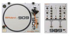 Roland Announces Turntable and Mixer - DJ TechTools Edm Music, Techno Music, Dj Kit, Mixer Dj, Dj System, Top Dj, Dj Setup, Dj Gear, Acid House