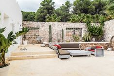 PURE HOUSE IBIZA is an amazing Boutique and Lifestyle Hotel in Ibiza island in Spain. Just a Paradise if you asking from me. Ibiza Style Interior, Ibiza Island, Boutique Hotel Room, Hotel Ibiza, Pergola, Dining Room Chairs Ikea, Dream Beach Houses, House Landscape, Natural Home Decor
