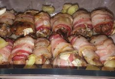 Csirkemáj baconben | NOSALTY Sausage, Bacon, Good Food, Pork, Meat, Kale Stir Fry, Sausages, Healthy Food, Pork Chops