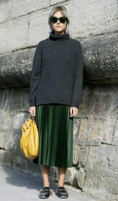 Rock und Pullover: So trägt man die Kombi im Herbst | InStyle