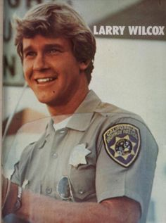 Larry Wilcox - Jon Baker (in love with this photo) Larry Wilcox, Famous Movies, Old Movies, Chips Series, Favorite Tv Shows, My Favorite Things, 70s Tv Shows, Don Johnson, Vintage Tv