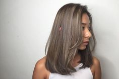 The Best Hair Color Ideas for Brunettes Medium Hair Cuts, Short Hair Cuts, Medium Hair Styles, Short Hair Styles, Oval Face Short Hair, Oval Face Hairstyles, Cool Hairstyles, Japanese Hairstyles, Korean Hairstyles