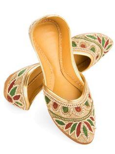 Handmade Punjabi Juttis from Punjab | Shilpi Haat