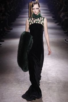 Dries Van Noten Fall 2016 Ready-to-Wear Fashion Show She looks otherworldy, as she often does, Elsa ? is her name?