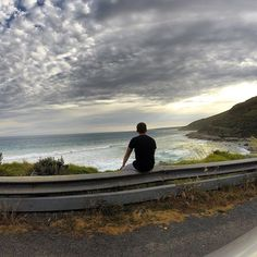 What a day! Loving the great ocean road  and cannot think of a better way to see the day out then sitting up here. Roadtrip time! #australia #oz #downunder #greatoceanroad #coast #coastaldrive #drive #road #roadtrip #melbourne #adelaide #hirecar #goprophotography #gopro #beahero #hero3 #excited #sunny #summer #hot #instadaily #instatravel #travelling #horizon #sunset #ocean by scottk_25