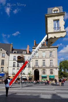 """Nantes l'Originale. Eté 2012, Fantaisie culturelle nantaise place du Bouffay, dans le cadre du """" Voyage à Nantes """", renouvelé cet été 2013  Nantes capitale verte de l'Europe"""