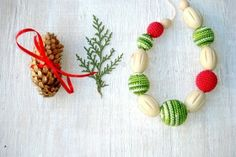 Christmas gift Nursing teething necklace from MiracleFromThreads  by DaWanda.com