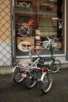 「ラグジュアリーTRIQUAD 」 イタリア製 二人乗り&三輪ブロンプトンスペシャル改造クラフトキット スポーツサイクルまったり選び